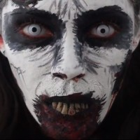 Halloween-Schminktipps: Verwesender Zombie-Look zum Selbermachen