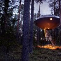 bernachten im Ufo &#8211; das Treehotel in Schweden